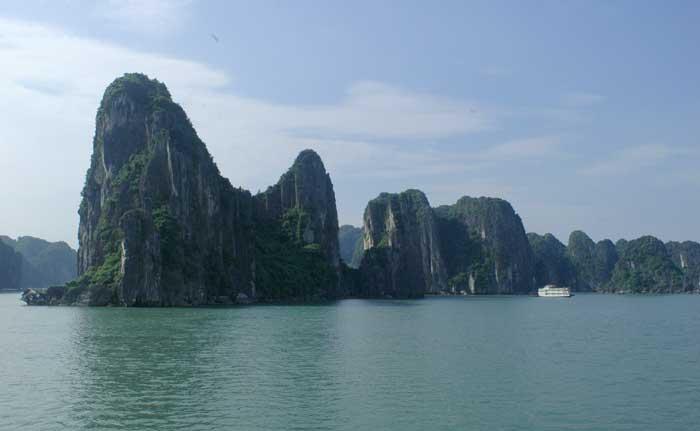 passeio-de-barco-vietna