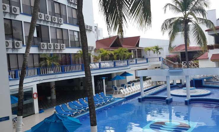 piscina do hotel sol caribe san andres