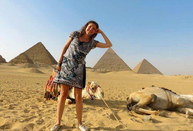 pose divertida nas piramides