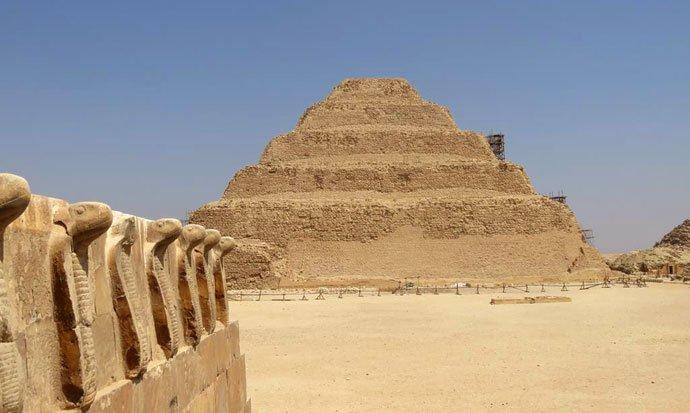 Pirâmide em degraus de Saqqara Egito